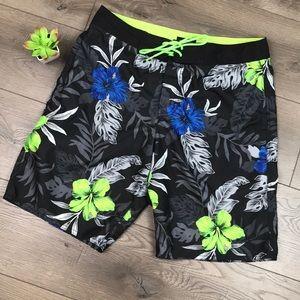 AMERICAN EAGLE Tropical Print Swim Board Shorts